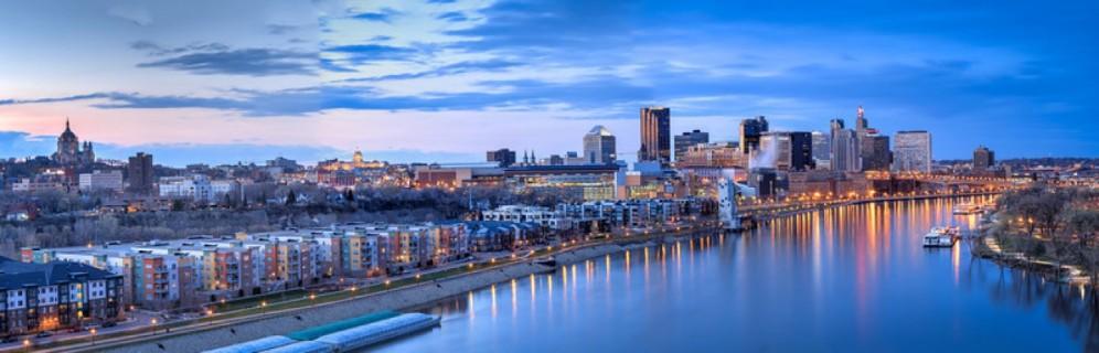 cropped-saint-paul-skyline-night-panorama-3-l.jpg